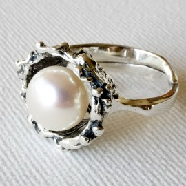 Ring with Pearls Ž507