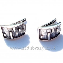 Earrings with English clasp A24