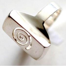 Ring Ž038