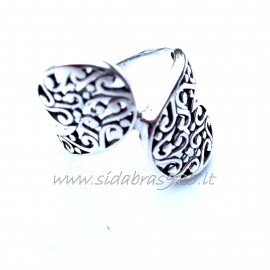 Ring with a beautiful filigree Ž126