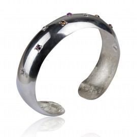 Bracelet with colored zircons wide