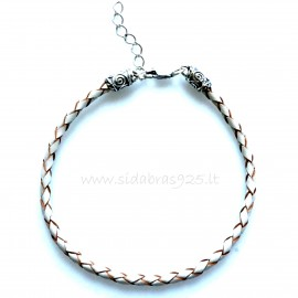 Bracelet with braided natural leather