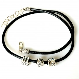Leather necklace with removable balls