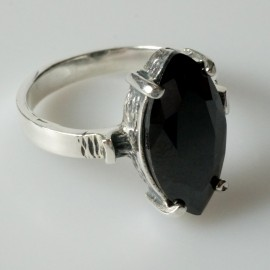 Ring with black Zirconia Ž113