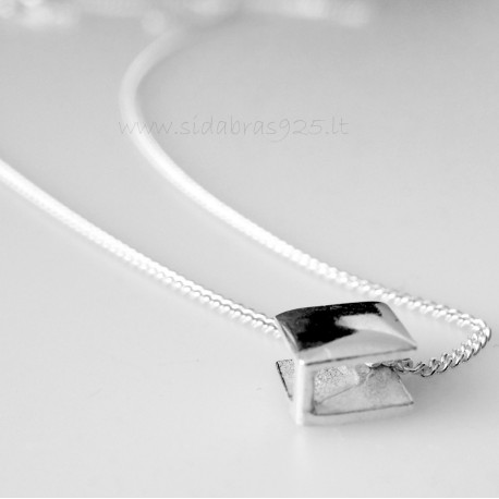 """Chain """"Tiny with a minimalist square pendant"""" G-03"""
